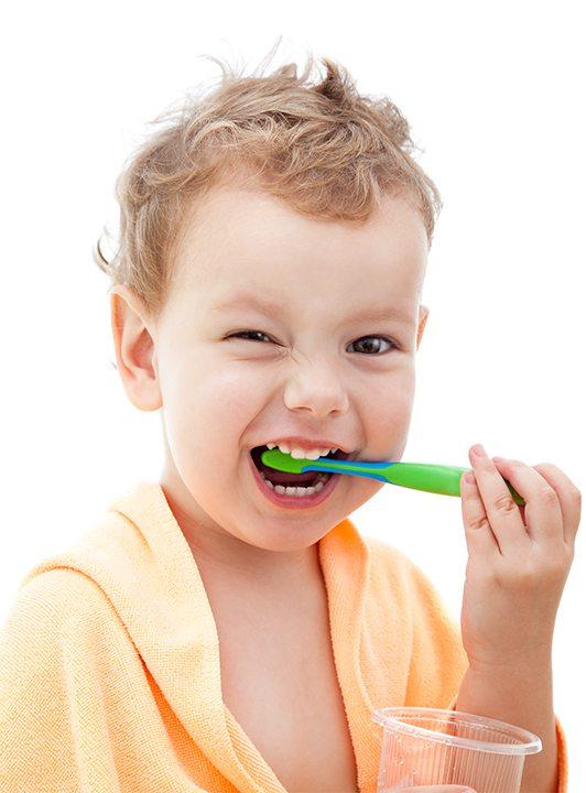 image de l'enfant page d'accueuil, clinique dentaire ART de laval